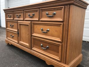 Large wood dresser for Sale in Saint Petersburg, FL