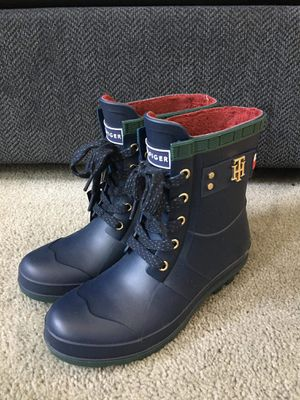 Tommy Hilfiger Toniee Rain Boot for Sale in Imperial Beach, CA