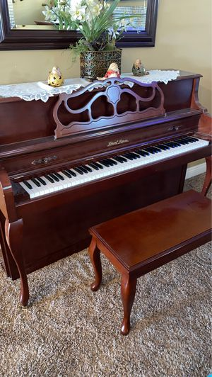 Pearl River Piano for Sale in Wildomar, CA
