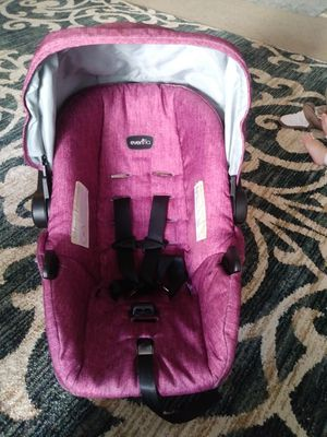 Evenflow car seat with base for Sale in Hyattsville, MD