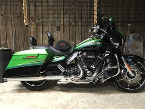 Harley Davidson street glide screaming eagle for Sale in Columbus, MS