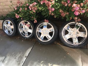 18 inch chrome rims fits 2005 impala for Sale in Rancho Cucamonga, CA