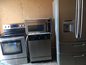 Stainless steel appliances fridge stove microwave dishwasher excellent working condition cheap price for Sale in Winter Park, FL