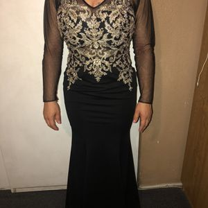 Prom Dress Black With Gold for Sale in Long Beach, CA