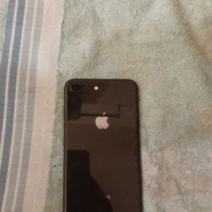 Iphone 8 Plus for Sale in Nashville, TN