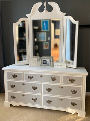 Beautiful Refinished Dresser for Sale in Mount Laurel Township, NJ