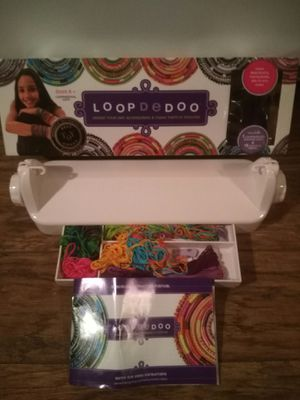 Loop De Doo bracket necklace and belt maker for Sale in Colorado Springs, CO