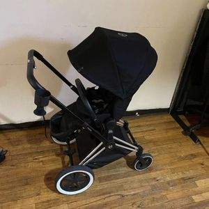 Stroller, Car Seat, Breast Pump for Sale in Brooklyn, NY