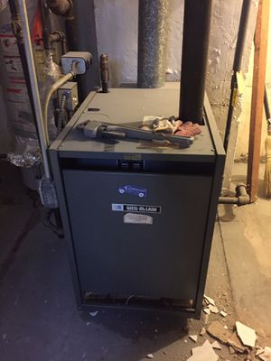 Weil-McLain steam boiler 125000 BTU for Sale in Queens, NY