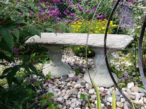 Decorative Bird Garden Bench (3 pieces, cement) for Sale in Lake City, MI