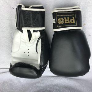 16oz Pro boxing gloves for Sale in Montebello, CA