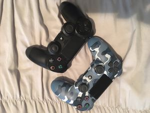 Sony DUALSHOCK 4 Wireless Controller (2) for Sale in Sleepy Hollow, NY