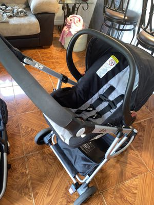 Baby Travel System/Stroller/Car seat for Sale in Lehigh Acres, FL