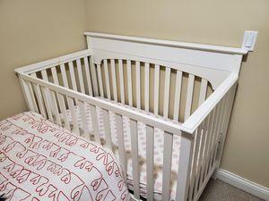 Baby crib, la cuna for Sale in Chicago, IL