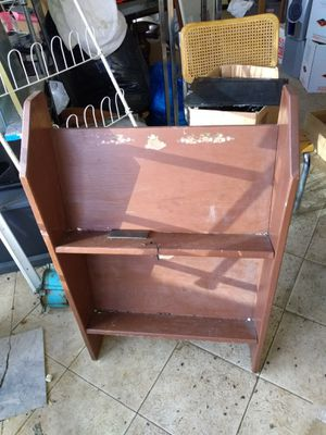 Book shelf for Sale in Richardson, TX