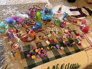 Lot of shopkins and other littles! for Sale in Wentzville, MO
