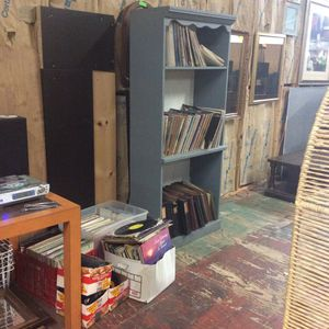 All vinyl $1 each CDs 25¢ each for Sale in Mendon, MA