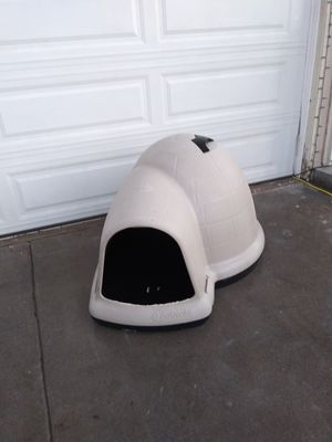 large dog house for Sale in Perris, CA