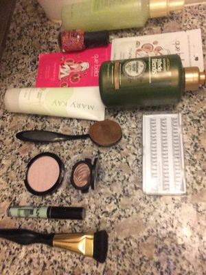 Brand new and Gently used beauty products for Sale in Duluth, GA