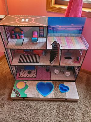 LOL Doll House for Sale in Burbank, IL