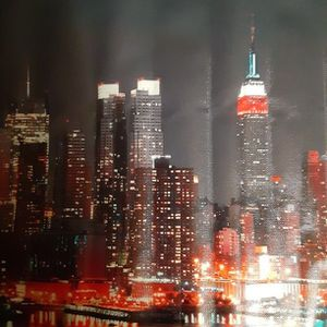 New York City Skyline With Twin Towers 2and Half Feet Long Foot Tall for Sale in New Port Richey, FL