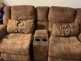 Living Room Recliner Couches Best Offer for Sale in Austin,  TX