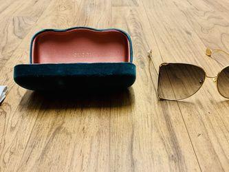 GUCCI Sunglasses Women AUTHENTIC for Sale in Santa Clara,  CA