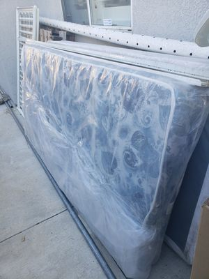 Twin matress for free for Sale in Fontana, CA