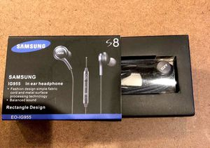 Samsung original In ear headphone with Inbuilt Mic. for Sale in Woodbridge Township, NJ