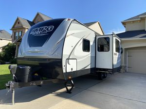 2019 - MPG Cruiser 2400BH in excellent condition 8'x29' cash only for Sale in Houston, TX