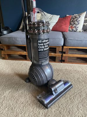 Dyson Cinetic Big Ball - Animal + Allergy vacuum - UP14 for Sale in Loma Linda, CA