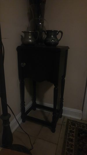 Antique telephone table for Sale in Louisville, KY