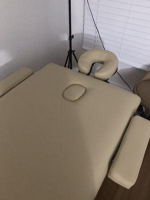 Cream Portable Massage Table for Sale in Huntington Park, CA
