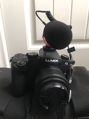 Panasonic Lumix G7 Bundle for Sale in Ontario, CA