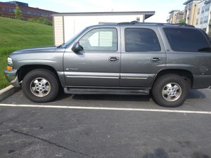 00 chevy tahoe for Sale in Framingham, MA