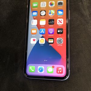 Unlocked iPhone 11 128GB Cracked for Sale in Wilsonville, OR