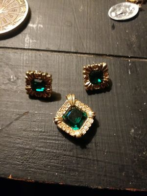 Matching Emerald Jewelry Set for Sale in Philadelphia, PA