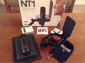 Rode NT1 Studio Mircrophone for Sale in Cicero, IL