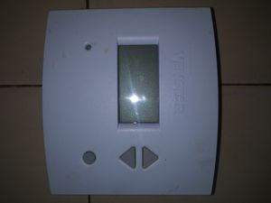 Venter 7 Day Programable Digital Thermostat for Sale in Rancho Cucamonga, CA