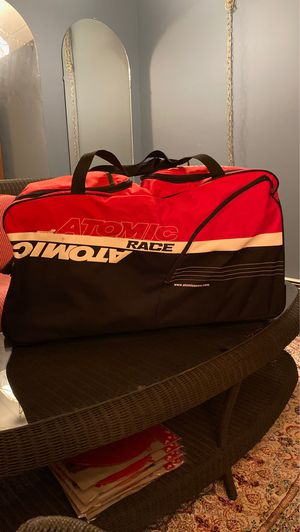 Atomic rolling duffle bag for Sale in Sherman, CT