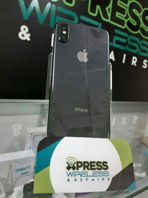 iPhone X 64 GB - Factory Unlocked - Excellent Condition - SOMOS TIENDA for Sale in Miami Shores, FL