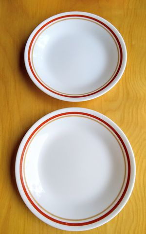 Corelle Plates for Sale in Whittier, CA