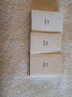 Original Chanel Number 5 for Sale in Colton,  CA
