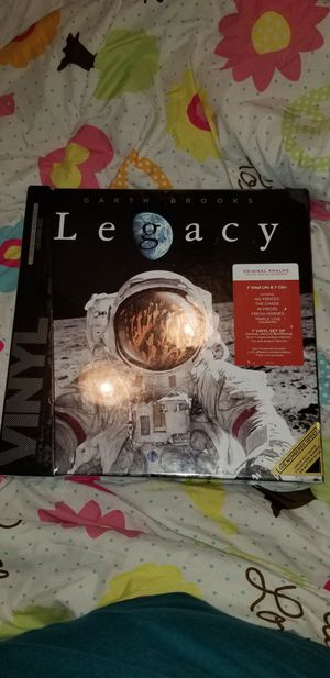Garth Brooks Legacy vinyl and cd for Sale in Beaumont, TX