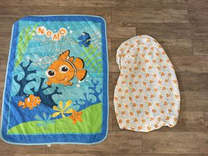 Finding Nemo toddler blanket and fitted sheet for Sale in Avondale, AZ