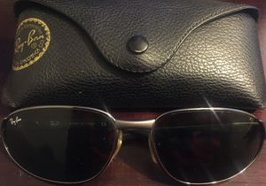 Ray Ban Sunglasses RB 3106 for Sale in Pittsburgh, PA