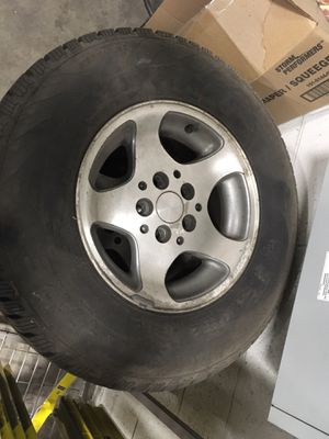 """97 Jeep wheels 15"""" for Sale in Manheim, PA"""