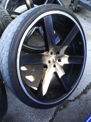 24 inch rims I have 3 in good condition for Sale in Dallas, TX