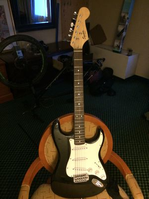 Squire bullet strait finder Electric Guitar for Sale in Anchorage, AK