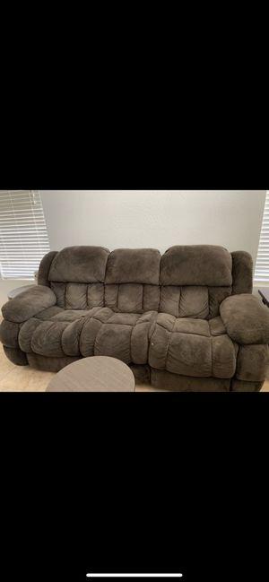 3 pc sofa set for Sale in Avondale, AZ
